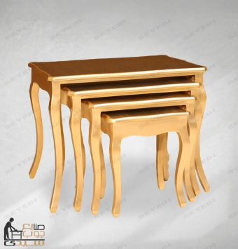 طاولة ضيافة ذات أربع قطع
